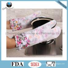 2016 Более длинные и более толстые силиконовые перчатки для выпечки, перчатки для микроволновой печи Sg17