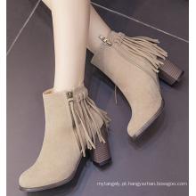 Botas de tornozelo de mulheres Botas de senhoras com borlas