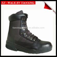 Botas militares de couro preto com peso leve