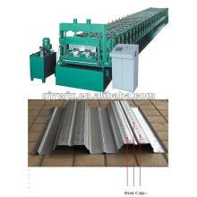 Máquina para fabricar decks de pavimento autoportante na Europa