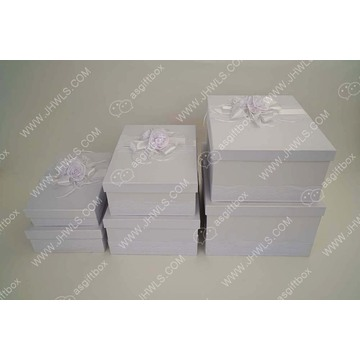 Pure White Lace Rose Hut Geschenkbox