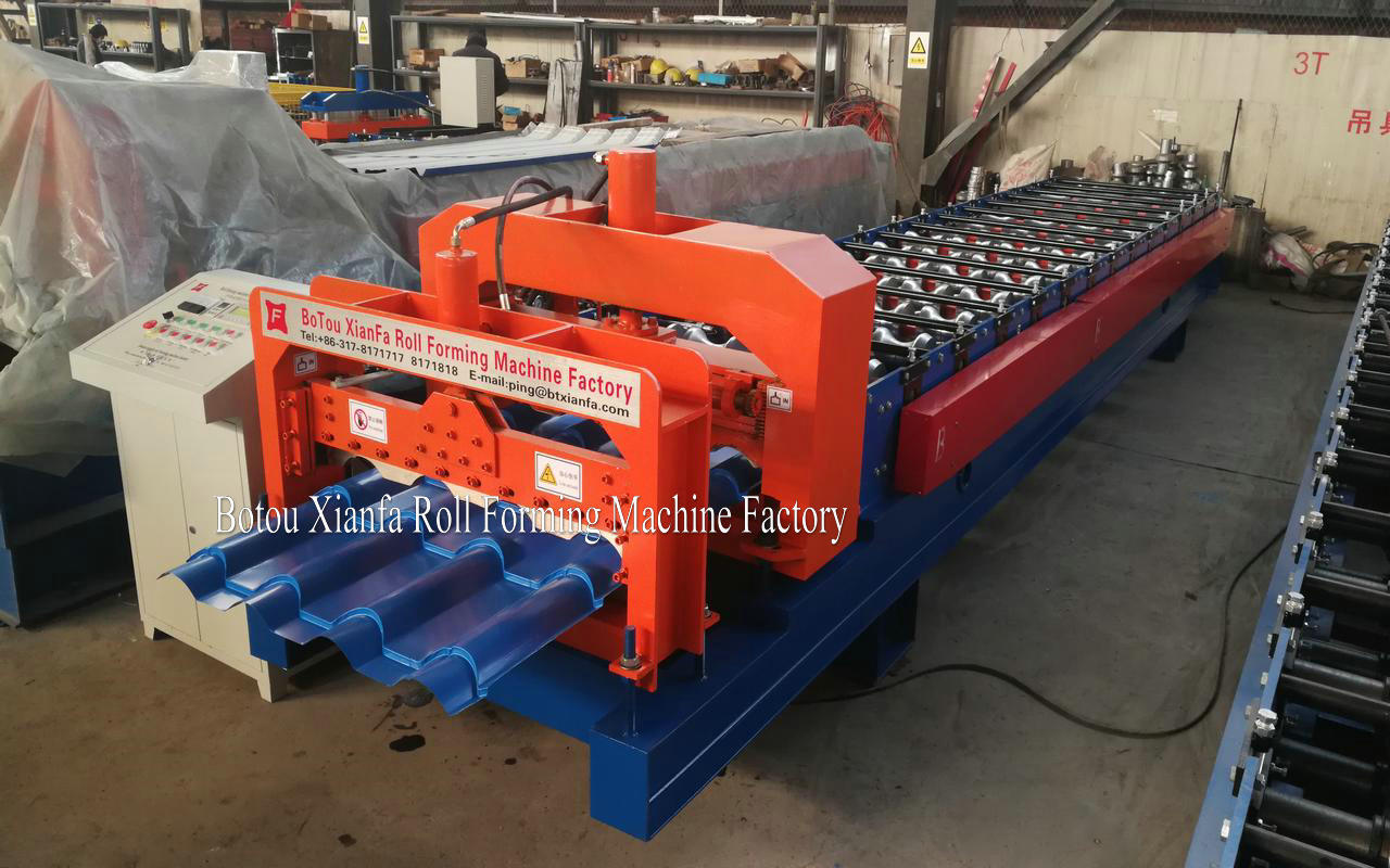 Gazed Roofing Tile Forming Machine