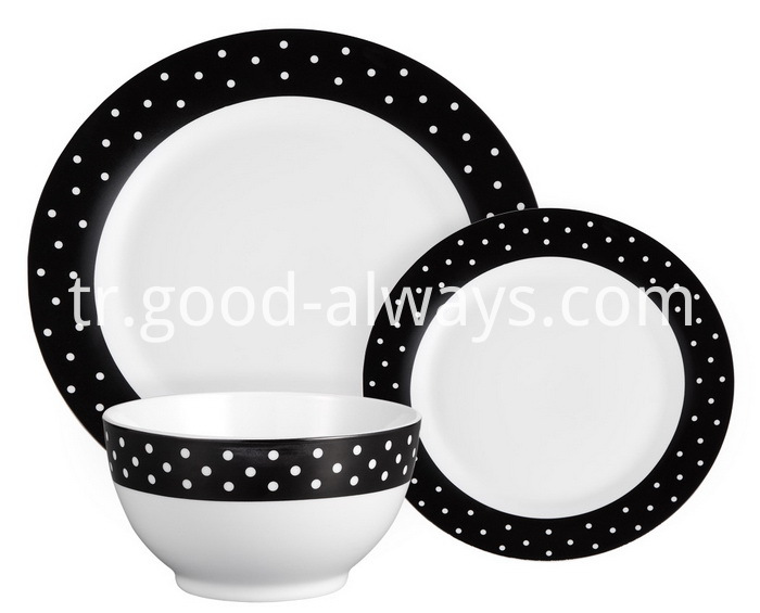 Round Porcelain Dinner Set