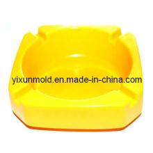Moulage par injection en plastique de cendrier de ménage d'OEM