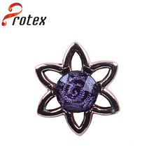 2015 Hot Sale Plastic Ornament with Rhinestone for Garments