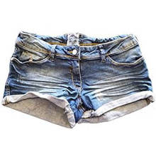 Calças de ganga de sarja preta afligida lavada das mulheres Hotpants