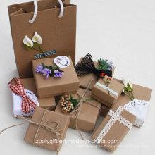 Caja al por mayor del embalaje del regalo de la joyería de papel de Kraft DIY con la decoración