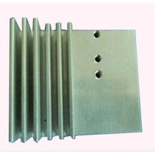 Radiador personalizado feito pela máquina do CNC