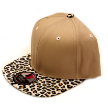 Customized Design Blank Acrylic Snapback Hat with Leopard Leather Brim
