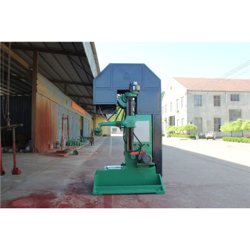 Larger size wood cutting vertical Bandsaw