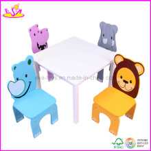 Table et quatre chaises avec motif animal (WO8G089)