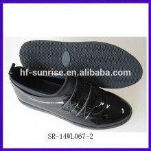 SR-14WL067-2 2014 Art und Weisefrauenschwarzes beiläufige Schuhe bequeme medizinische Schuhe pointy Damen reizvolle bequeme Schuhe