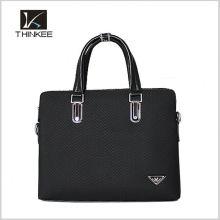 A chegada nova da forma original do logotipo da bolsa etiqueta a sacola livre dos homens de couro