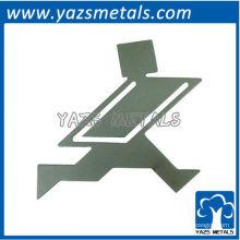 personnaliser un signet, un marqueur en métal personnalisé sur mesure avec un électro-étincelant doré