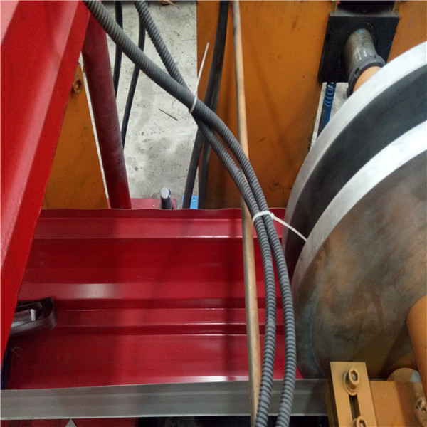 Cold Roll Forming Gutter Machine