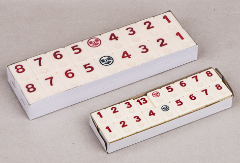 Rummy tiles game set