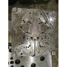 Precisión compleja y molde de inyección de alto rendimiento