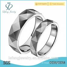 Anéis quentes do carbide do tungstênio do homem fresco da forma da venda