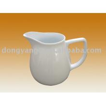 Jarra de leche de porcelana blanca con logotipo personalizado