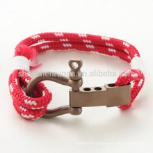 Vente en gros de mode en acier inoxydable en or rose avec bracelet Matt Shackle Bracelets à cordes rouges avec accessoires pour hommes