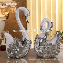 Animal design wedding favor articles de décoration pour la maison business gift swan lovers resin statue