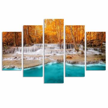 Cascada Dreamlike en el bosque Impresión de la lona / del otoño Arte de la pared de la selva / de la pintura de la lona del paisaje natural
