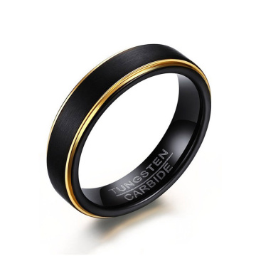 Anello in carburo di tungsteno nero opaco e oro
