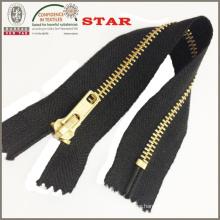 2016 Brass Metal Zipper for Garments