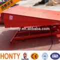 einstellbare Hydraulik Stationäre Be- und Entladerampe, Ladebordwand, Laderampe für LKW-Container und Gabelstapler