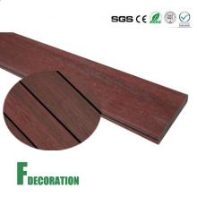 Revestimento composto plástico de madeira exterior impermeável do Decking de Co-Extrusão WPC