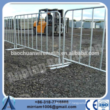 low price Outdoor used welded hot dip galvanized Crowed Control Barrier