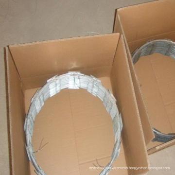 Carton Packing Cbt-65 Concertina Razor Blade Wire Fencing