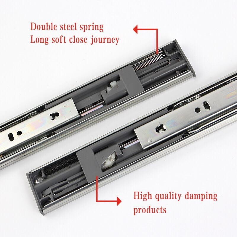 Soft closing drawe slide