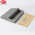 Caja de gafas de sol de cartón color gris con bolsa de terciopelo