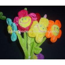 Sourire de peluche visage jouet de fleur de soleil pour petite amie
