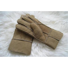 Double Face Sheepskin Gloves with Fingers in Patched