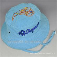 Sombrero de cucharón con cuerda