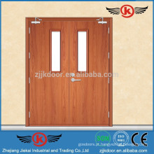 JK-FW9104 porta de entrada de madeira de folha dupla será usada no acesso de emergência