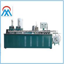 CNC-Frühlingsbürste mit 3 Achsen, die Maschine für das Produzieren der Streifenbürste, Aufzugbürste, Türpinsel herstellt