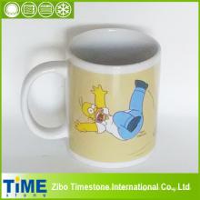 Taza de café de la etiqueta del personaje de dibujos animados (15032606)