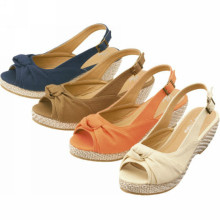 2014 moda mais recente senhora tecido mulheres senhoras sandálias cunha mulheres sapatos com tiras de cinto fivela cinto