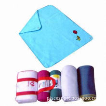 Comfortable Fleece Blankets, in Various Sizes and Colors