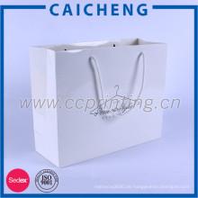 Gut aussehende kundenspezifische weiße Kraftpapiereinkaufs-Baumwollpapiertüten