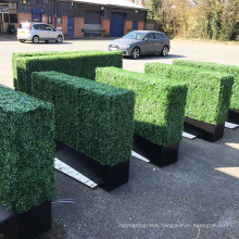 Customized size green boxwood hedge planter for balcony privacy screens
