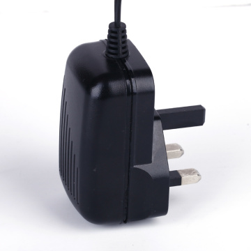 CCTV-adapter 12V1A UK-kontakt