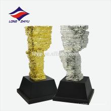 Troféu de designer de construção do troféu de ouro em forma de pedra