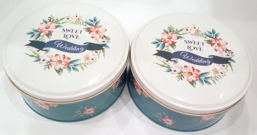 Sweet Love Chocolate Tin Can