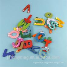 Alfabeto magnético extravagante das letras de Jammymag para miúdos