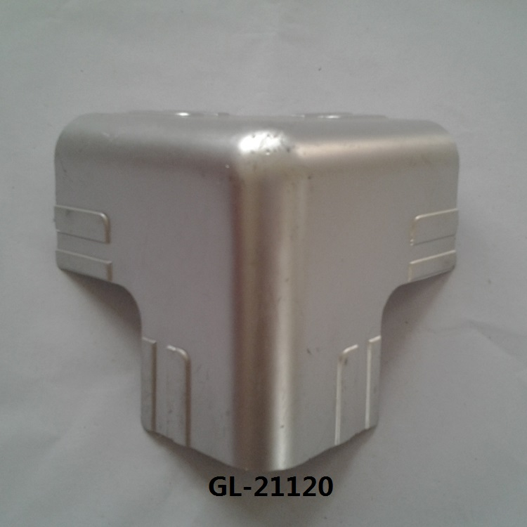 Truck Body Corner Edge Protector for Truck Door Part and Wrap Angle for Protection