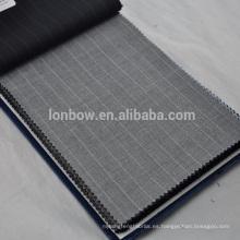 Poca belleza La lana Marino es adecuada para trajes de rejilla fina